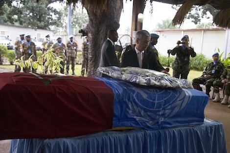 """""""الأمم المتحدة"""" تُكرم جندياً مغربياً فقد حياته في إفريقيا الوسطى"""