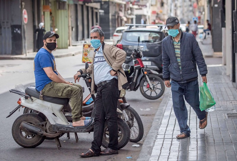 بين المنطقة 1 و2.. موجة سخرية عارمة تجتاح 'السوشل ميديا' بعد تمديد الطوارئ بالمغرب