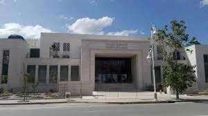انتقاد لحكم قضائي بالمحكمة الابتدائية بتطوان ووصفه بالمثير.