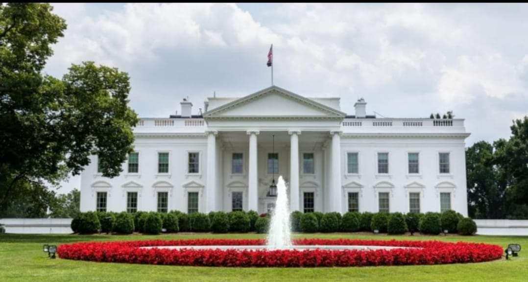 المتحدثة باسم البيت الأبيض تعلن إصابتها بكورونا