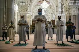 باحث سوسيولوجي يعدّد أسباب تراجع مظاهر التديّن عند الشباب المغربي